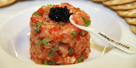Salmon Tartar Royal