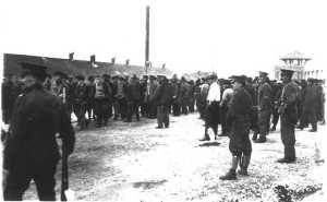 Украинцы в канадском лагере