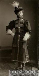 Александр фон Дрентельн на балу в 1903 году.