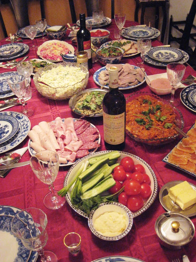 Праздничный стол Татьяны Лалаевой