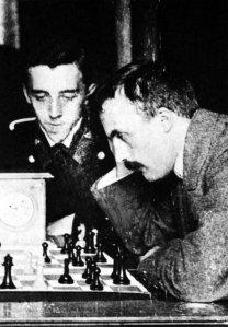 За шахматной доской с Ю.Боголюбовым, Киев, 1914
